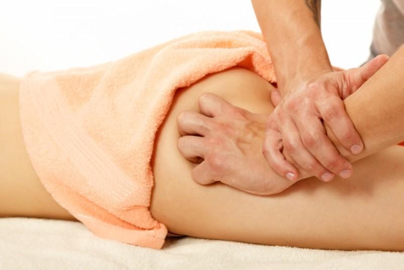 Антицеллюлитный массаж ног и ягодиц